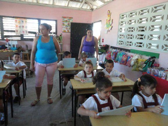 https://i0.wp.com/media.cubadebate.cu/wp-content/uploads/2018/01/proceso-docente-educactivo-en-sancti-spiritus-580x435.jpg