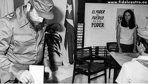 https://i0.wp.com/media.cubadebate.cu/wp-content/uploads/2019/02/Fidel-Voto-1981.jpg