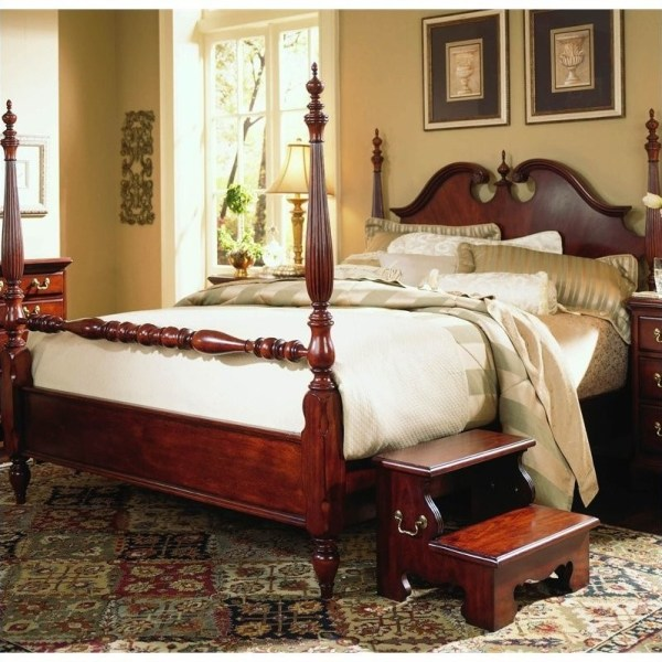 queen anne bedroom furniture Cherry Grove Low Poster Bed in Classic Cherry Finish - 791