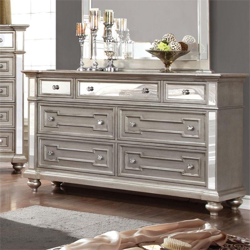 Furniture of America Farrah 7 Drawer Mirrored Dresser in Silver  IDF7673D