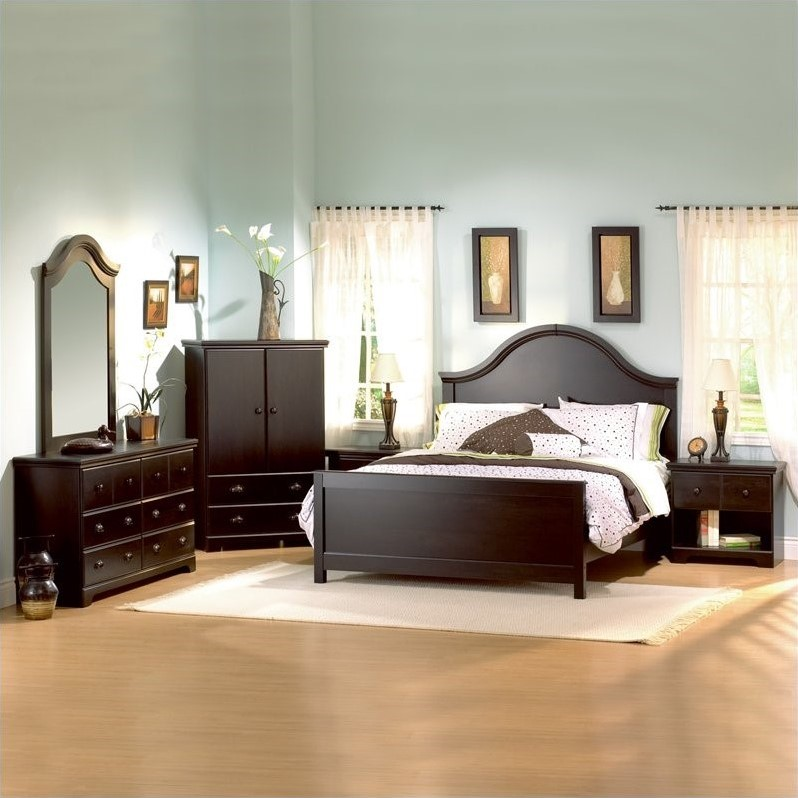 Mountain Lodge Furniture Collection