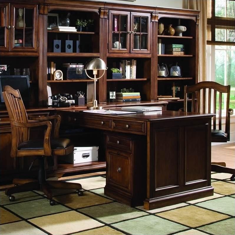 Hooker Furniture Brookhaven Peninsula Desk in Cherry