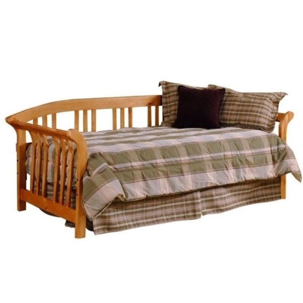 Hillsdale Dorchester Solid Wood Daybed With Roll