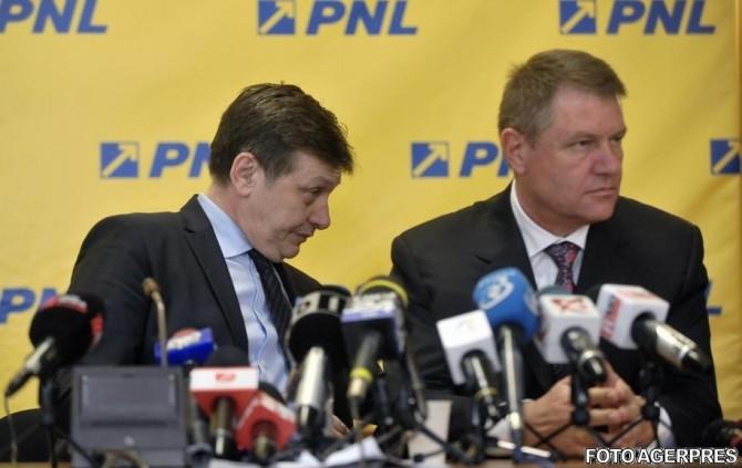 Crin Antonescu, Klaus Iohannis