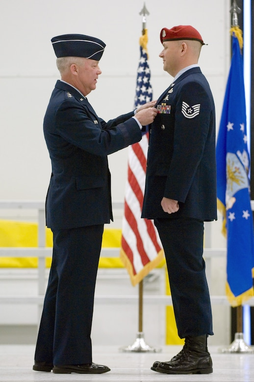 McChord combat controllers receive medals gt US Air Force