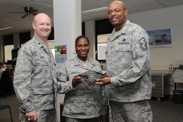 Passenger travel section receives first sergeant39s award