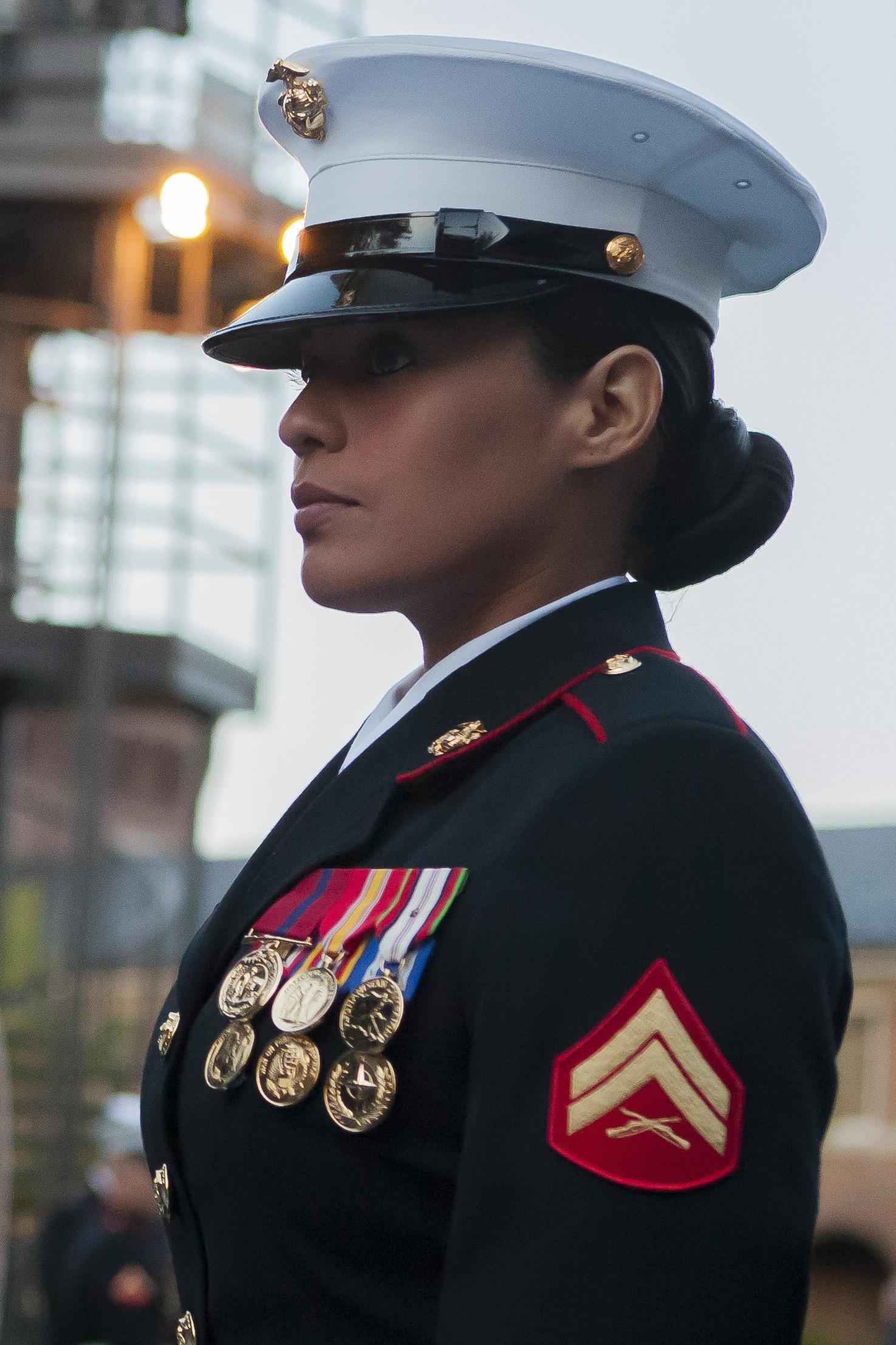 marine corps officer dress