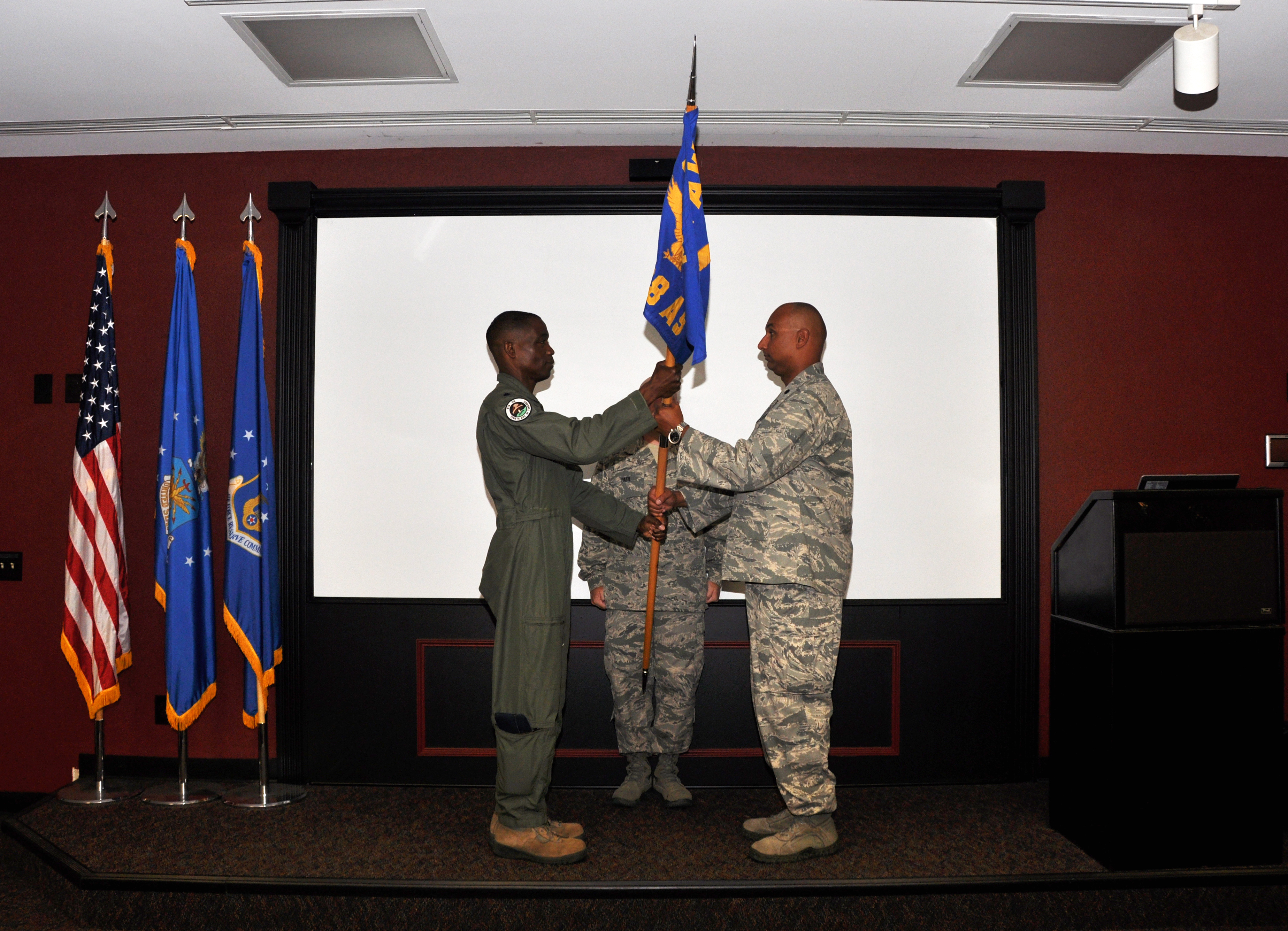 Lt Col Lewell B Skinner Assumes Command Of The 914th Oss Gt Niagara Falls Air Reserve Station
