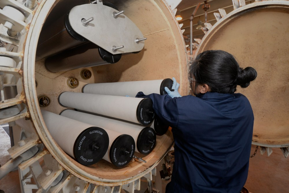 medium resolution of staff sgt staci ducusin 36th civil engineer squadron water and fuels systems craftsman