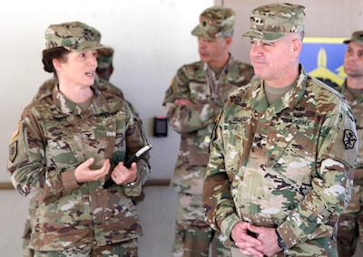 INSCOM commander visits 505th Military Intelligence Brigade at JBSACamp Bullis  Joint Base San