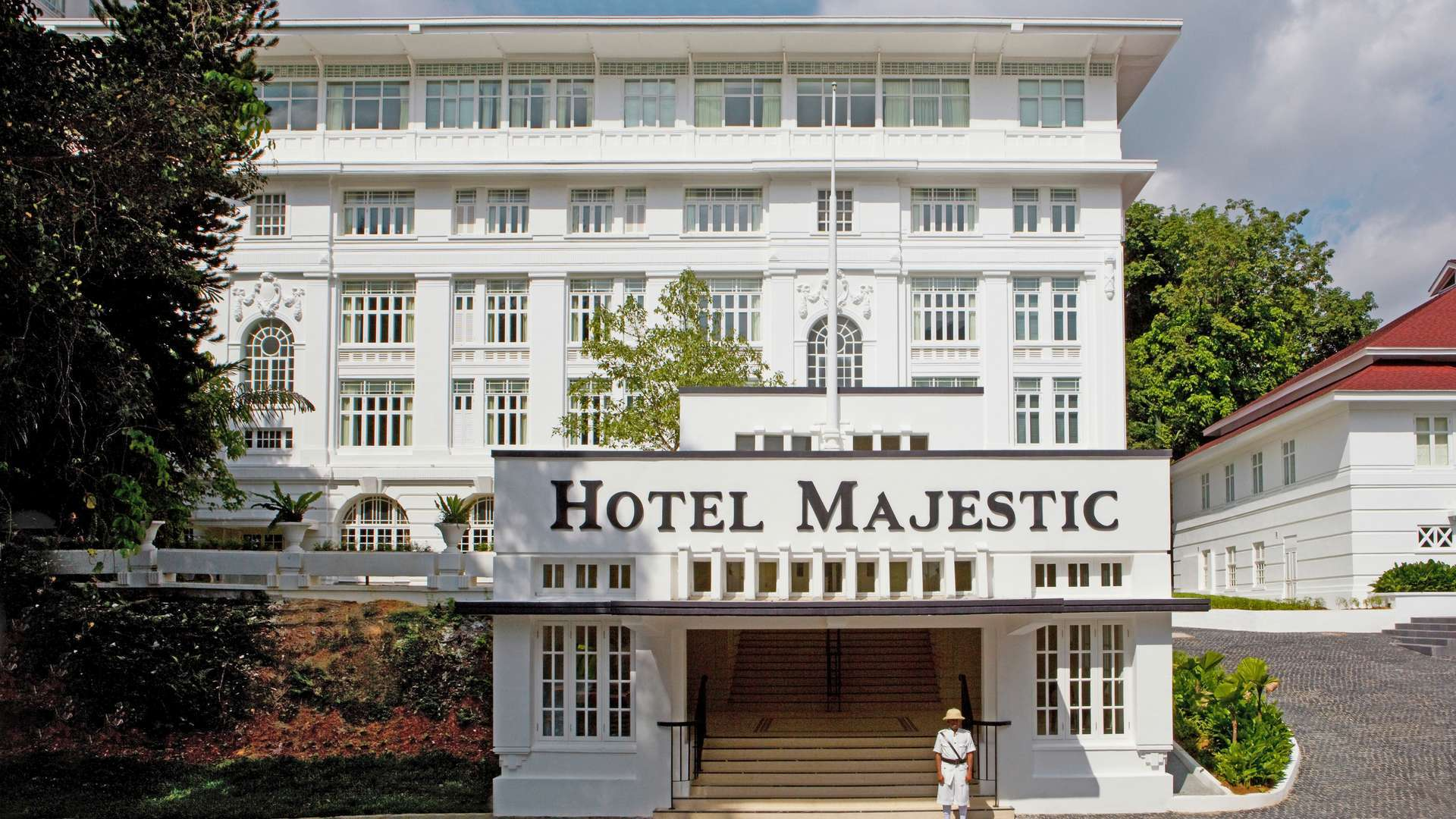 Room Details For The Majestic Hotel Kuala Lumpur A Hotel