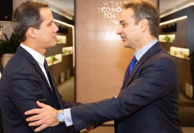 El presidente encargado de Venezuela, Juan Guaidó, sostuvo este viernes un encuentro con el Primer ministro de Grecia, Kyriakos Mitsotakis, en el marco del Foro Económico Mundial que se desarrolla en Davos, Suiza.