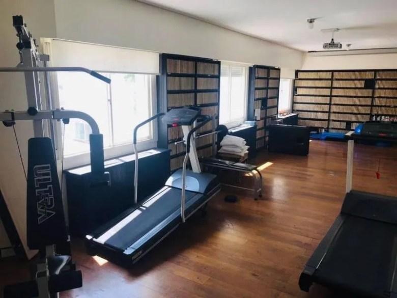 El gimnasio de la mansión Macri de la calle Eduardo Costa de Barrio Parque