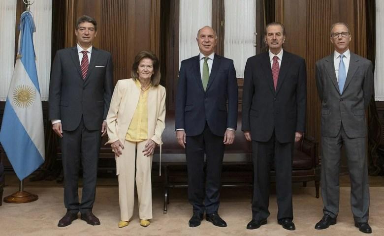 Poder Judicial: la Corte Suprema dispuso el retorno al sistema presencial.