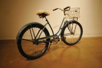 Bicycle, Gift of Elaine Otomo (2006.35.1). Photo by Gary Ono.