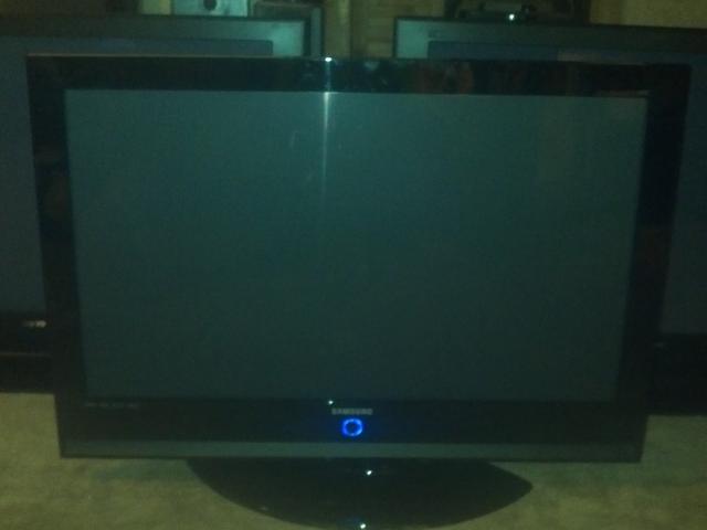 WANTED:BROKEN FLAT SCREEN TV HDTV LCD OR PLASMA CASH