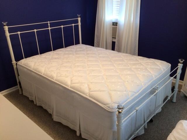 Pottery Barn Queen Metal Bed Frame And Queen Sealy
