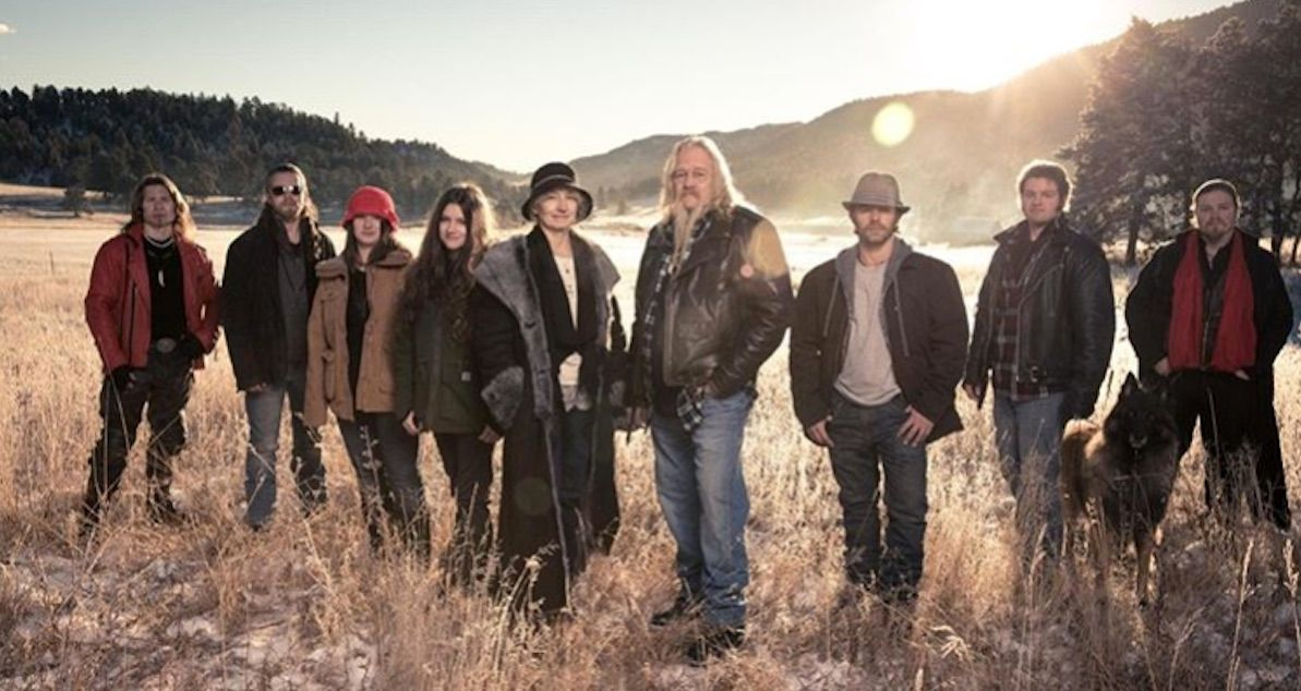 5 snowbird brown relationship status. How Much Does The Alaskan Bush Family Get Paid Details