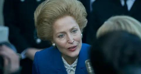 margaret-thatcher-queen-elizabeth-crown-1605558351983.jpg