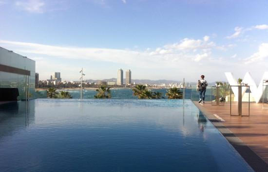 W BARCELONA presenta su nueva terraza Sun Deck con una