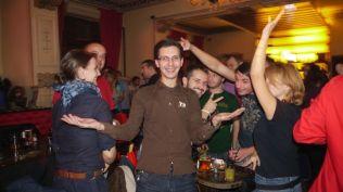 lansare iphone 4s in romania party iphone preturi iphone abonament vodafone (411)