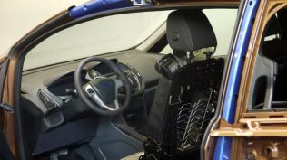crash test ford b-max koln (165)