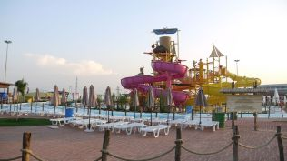 la plaja divertiland militari chiajna outlet aqua park bucuresti (30)