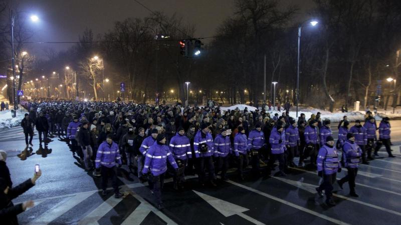 Democrația are loc în stradă