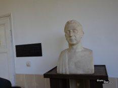 Bust Goga la Muzeul Octavian Goga de la Ciucea, județul Cluj