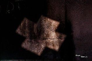 Mănăstirea Piatra Scrisă, umbre și lumini