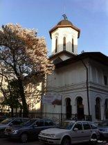 Biserica Albaneză Dintr-o zi