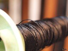 Ața folosită la coaserea pielii