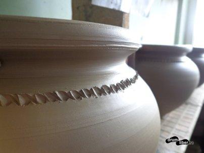 Detaliu pe un vas de ceramică