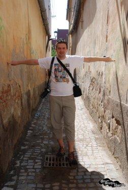 Am aflat că nu doar Brașovul are străzi foarte strâmte
