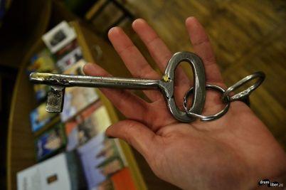 cheia bisericii veche 140 de ani