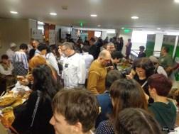 După conferință, foame mare