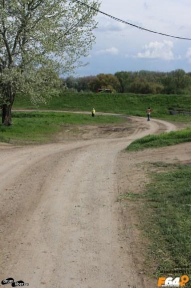 Ultima bucată de drum spre Ferma de bivoli și Centrul de Vizitare din Pecica