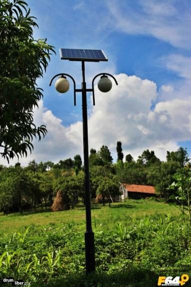 Panou solar la școala din Scărișoara / Ineleț