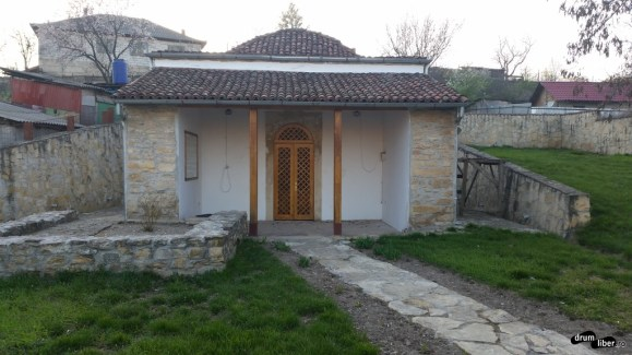 Mormântul ui Sarî Saltuk Baba Dede din Babadag