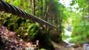 Tiroliană la Canionul 7 Șapte Scări - loc răcoros