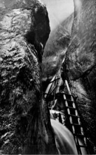 Canionul 7 Șapte Scări - loc răcoros în 1945