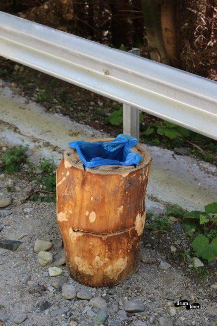 Coșuri de gunoi integrate în peisaj