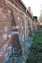 Zidul conacului
