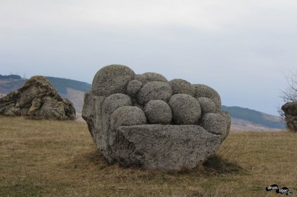 Tabăra de sculptură de la Năeni