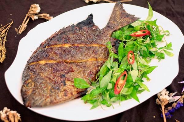 Đặc sản cá dìa Nha Trang.