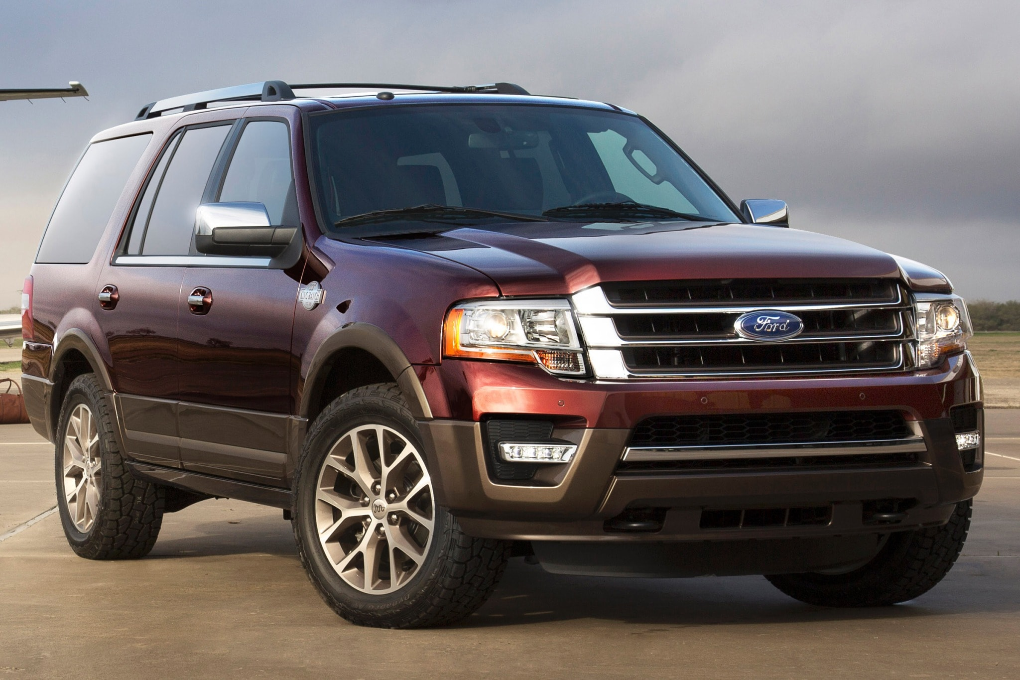 which suvs have captains chairs steel chair frame design 2015 3rd row suv with captain autos post
