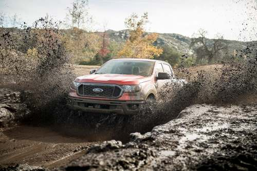 small resolution of on the road the ranger rides smoothly over cracked surfaces but at speed it tends to feel springy and underdamped over larger dips and swales in the