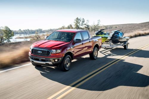 small resolution of the ranger s maximum tow rating is high indeed all ranger cab and drive configurations are rated at 7 500 pounds with the optional tow package