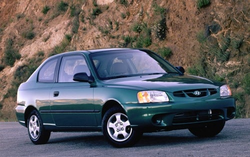 Used 2002 Hyundai Accent Pricing Amp Features Edmunds