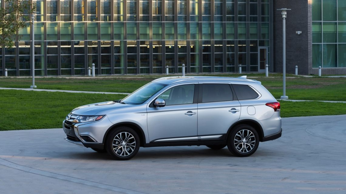 2018 mitsubishi outlander review & ratings | edmunds